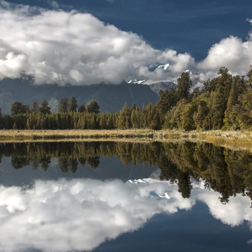 We all need to visit Lake Matheson at least once, here's why!